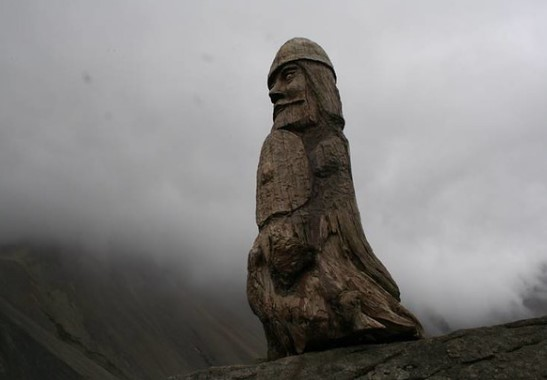 escultura vikinga